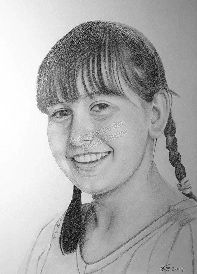 Bleistiftzeichnungen, Portrait mit Bleistifte junges Mädchen, Frauenzeichnung, Frauenzeichnungen, Frauen mit Bleistiften gezeichnet, Frauenzeichner