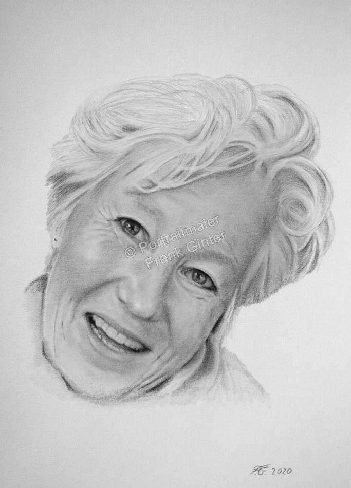 Bleistiftporträt einer glücklichen Frau