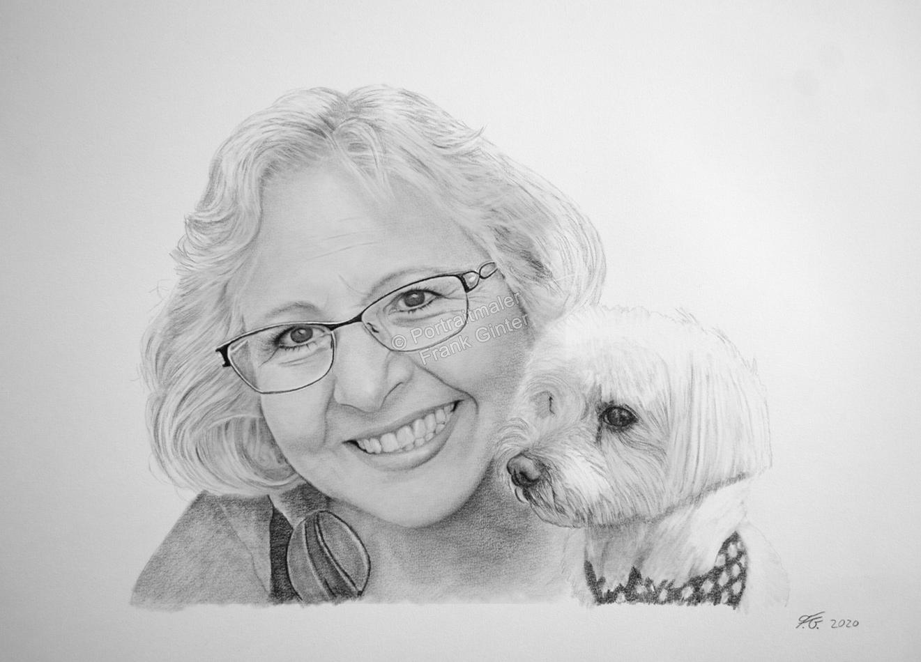 Eine Frau und ihr Hund als Kohlezeichnung